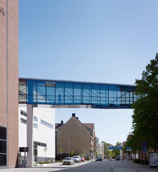 Högskolan i BoråsGångbro över JärnvägsgatanKUB arkitekter